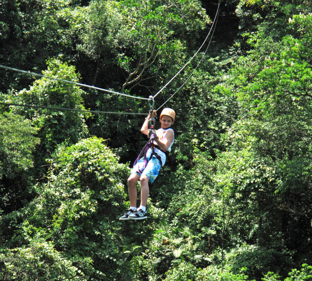costa rica extreme zip-lining